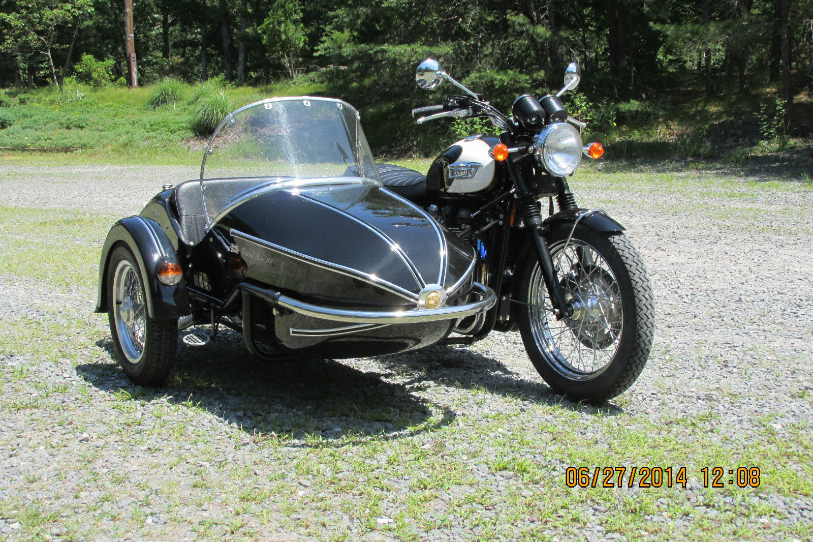 2009 triumph bonneville t100 with watsonian sidecar for sale. Black Bedroom Furniture Sets. Home Design Ideas