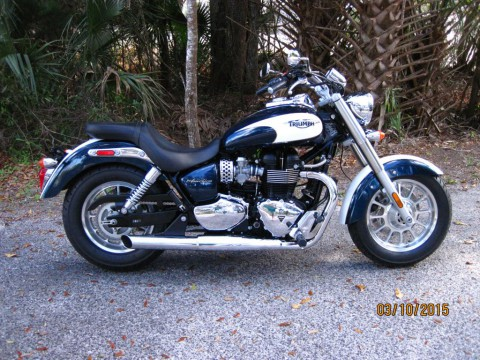 2011 Triumph Bonneville America Two Tone for sale