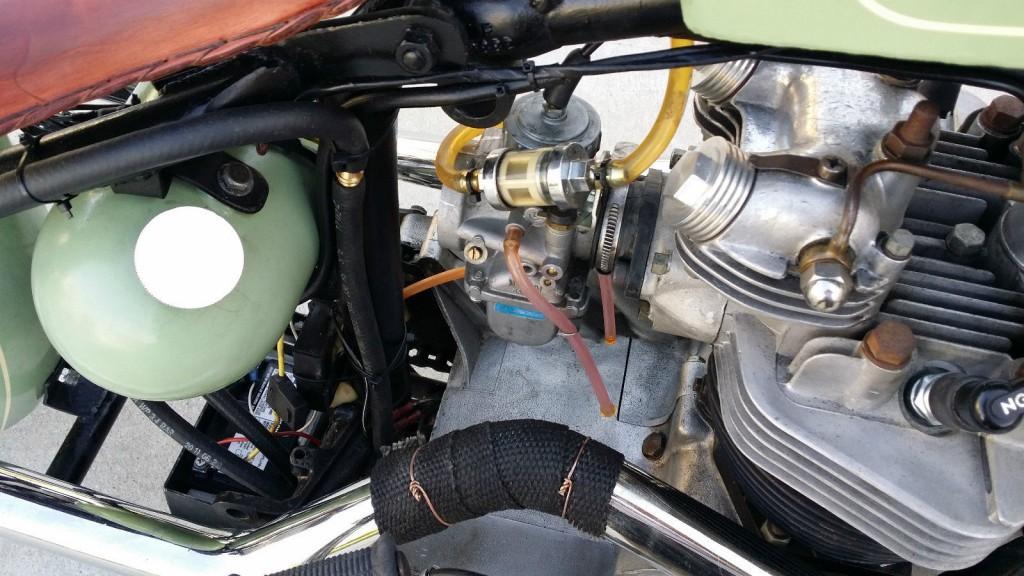 1968 Triumph Bonneville 650 bobber chopper