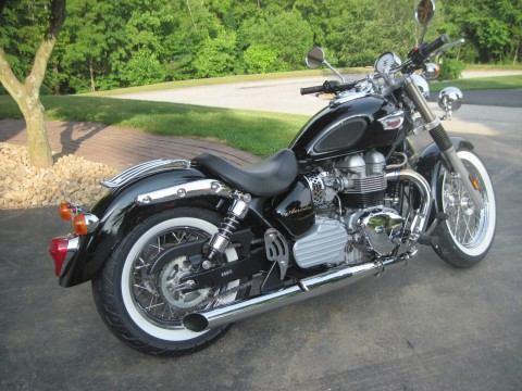 """2006 Triumph Bonneville """"America"""" 865cc Bobber for sale"""