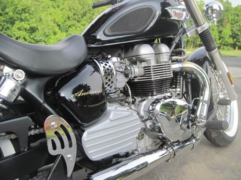 "2006 Triumph Bonneville ""America"" 865cc Bobber"