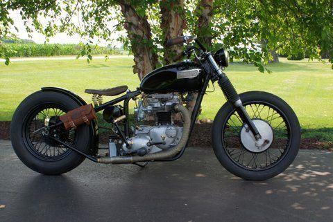 1966 Triumph Bonneville 650 Bobber- 1 kick bike
