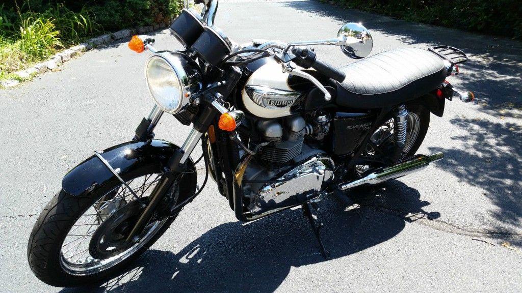 2004 Triumph Bonneville T100