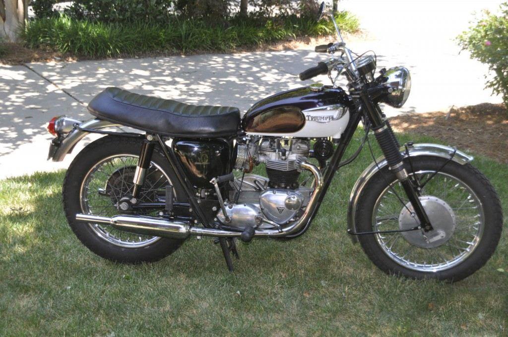 1967 Triumph Bonneville T120R