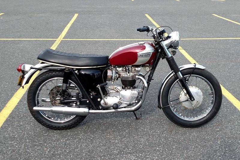 1966 Triumph Bonneville T120R