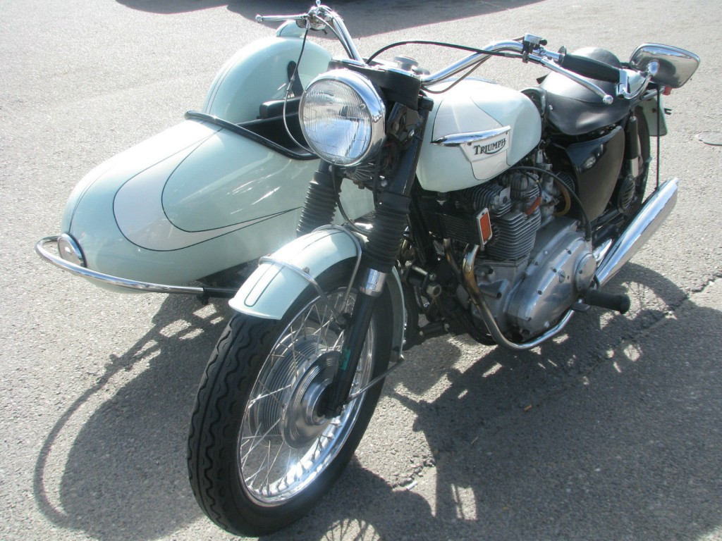 1971 Triumph T 150 Trident Classic with a C. Stanley Inc. cery cool side car.