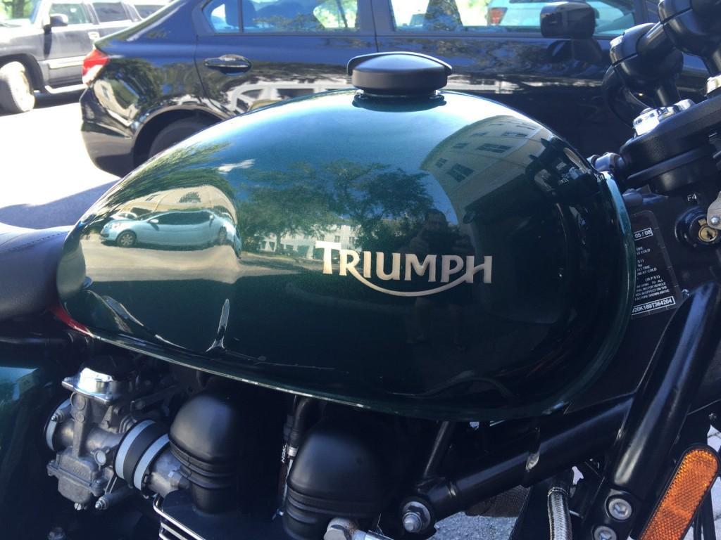 2009 Triumph Thruxton 900