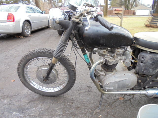 1966 Triumph Bonneville 650 T120 Vintage BARN FIND Matching Numbers