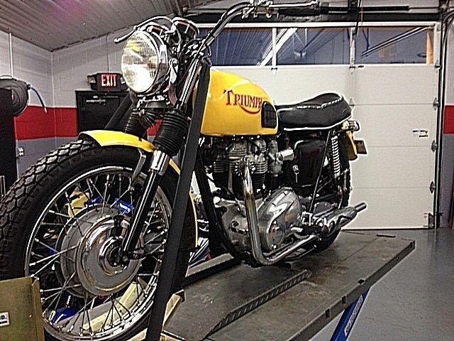 1969 Triumph Bonneville 650 T120