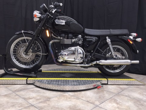 2010 Triumph Bonneville T-100 for sale