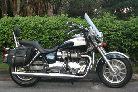 2011 Triumph America 865 CC for sale