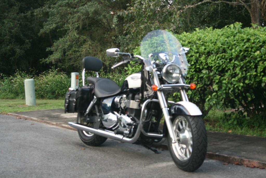 2011 Triumph America 865 CC