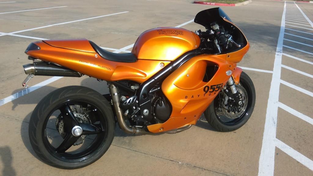 2000 Triumph Daytona 955i