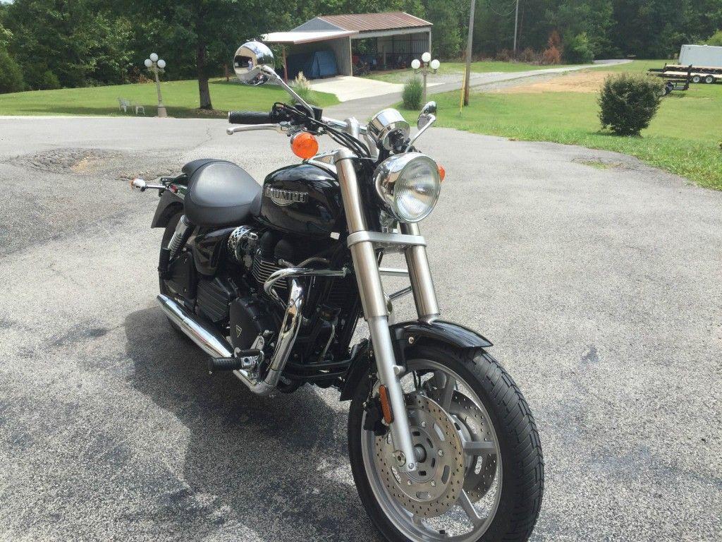 2006 Triumph Speedmaster 900cc