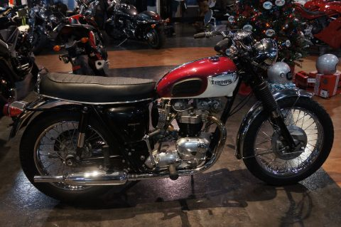 An Amazing Condition 1969 Triumph Bonneville T120R for sale
