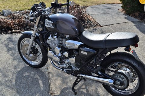 2000 Triumph Thunderbird 900 – Extremely well maintained for sale
