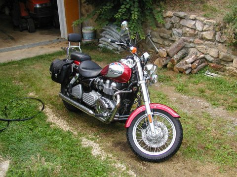 NICE 2002 Triumph Bonneville for sale