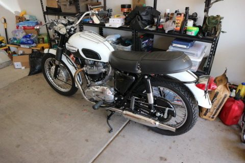 BEAUTIFUL 1968 Triumph Trophy for sale