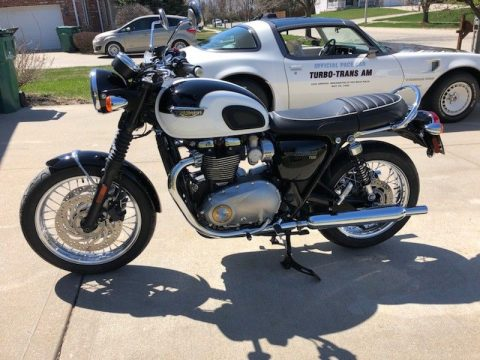 GREAT 2016 Triumph Bonneville for sale