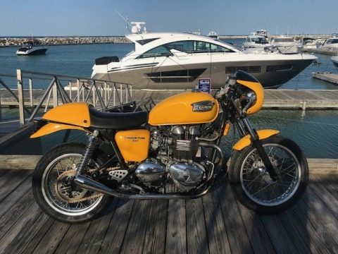 NICE 2006 Triumph Thruxton for sale