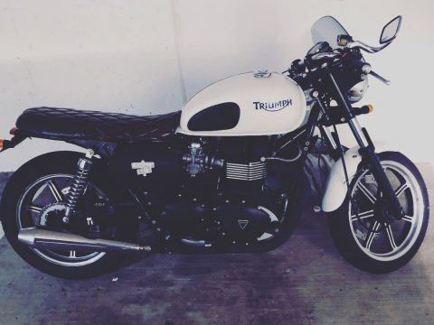 NICE 2009 Triumph Bonneville for sale