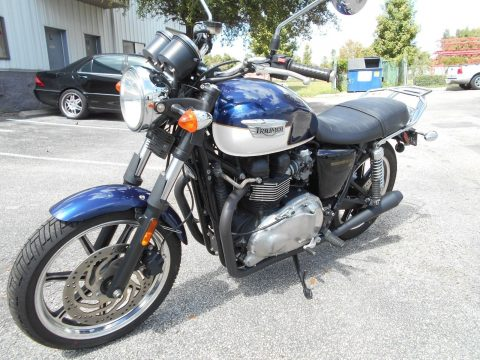 2010 Triumph Bonneville SE, 10K Miles, Gasser Exhaust for sale